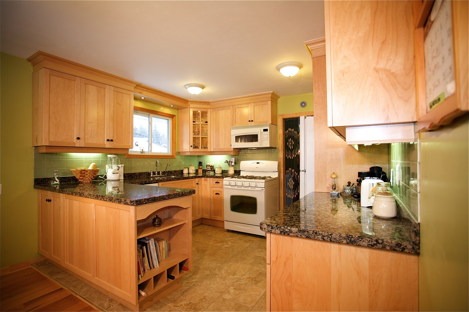 Natural Maple Kitchen Cabinets In Quaint Eclectic Home In